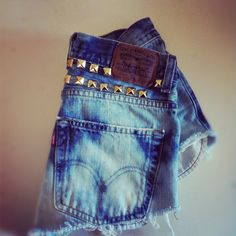 Vintage high waisted dip dyed Ombre studded Levi shorts