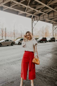 Gingerly Witty: Personal Style: Cool as a Culotte; Modest Summer Fashion, Summer Fashion Outfits, Fashion Pants, Outfits For Teens, New Outfits, Fall Outfits, Culottes Outfit Summer, Coulottes Outfit, Girl Fashion Style