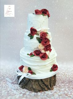 Roses are red my love ... by Judith-JEtaarten - http://cakesdecor.com/cakes/299670-roses-are-red-my-love
