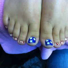 4th of July toe nails