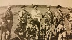 Offisiere van die Ierse Brigade, wat aan Boere kant geveg het, net buite Ladysmith.