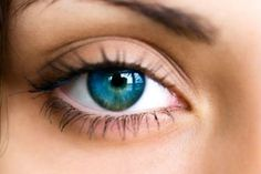 A PRK corrige miopia, astigmatismo e hipermetropia. Entenda como funciona a cirurgia refrativa para visão PRK.