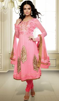 Rose Pink Georgette Anarkali Suit This rose pink georgette Anarkali suit will surely make you the focal point of attraction. The lovely lace, patch and resham work a considerable element of this dress.  #GeorgetteAnarkaliSuit #AnarkaliSuitsOnline
