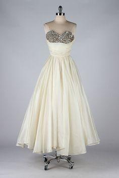 vintage 1950s dress . EMMA DOMB . ivory by millstreetvintage