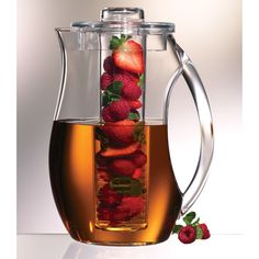Fruit Infusion Natural Fruit Flavor Pitcher.