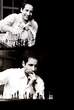 David Duchovny tries to remember the X-File where he first studied this chess position! They're out there...the best moves, that is!