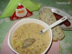 Sviatočná šošovicová polievka (fotorecept) Cheeseburger Chowder, Food And Drink, Soup, Soups, Chowder
