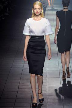 Lanvin Spring 2012 Ready-to-Wear Fashion Show - Aymeline Valade (Viva)