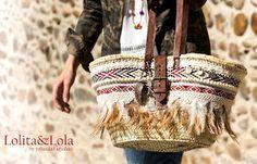 cubrebotas boho chic complementos moda Boot cuffs fashion accessories alaolita&Lola: Capazo de caña lino, plumas y cuero Strawbag , fea...