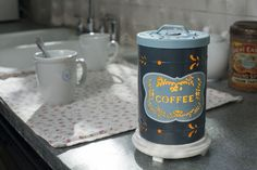 Whether it is the nostalgia of early mornings on the farm or at your grandparents home, our vintage look Coffee Canister Shade will take you for a walk down memory lane. Works with or without lid on. Café Latte Sprinkles are the perfect pairing.