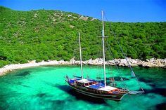 Turkey Gulet Charters and Blue Cruises - A classic Gulet in pristine waters