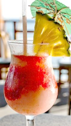 How to make a Lava Flow cocktail like the ones in Hawaii