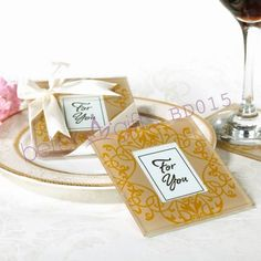 Party Decoration BD015 Golden Brocade Photo Coasters    #圣诞节 #XMAS  #婚礼灵感 #商务礼品    #节日用品        http://detail.1688.com/offer/521186948961.html