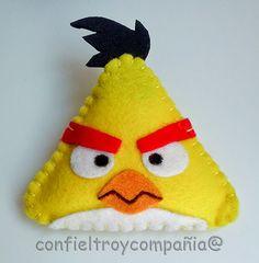 Broche Angry Bird Amarillo