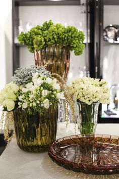 The Kartell Jelly Vases look pretty filled with fresh flowers :-) http://www.nest.co.uk/product/kartell-jelly-vase http://www.nest.co.uk/product/kartell-jelly-table-centre-plate Image via The Design Chaser.
