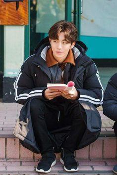 Nam Joohyuk (@skwngur) | Twitter Nam Joo Hyuk Smile, Kim Joo Hyuk, Nam Joo Hyuk Cute, Jong Hyuk, Joo Joo, Asian Actors, Korean Actors, Nam Joo Hyuk Weightlifting Fairy, Nam Joo Hyuk Wallpaper