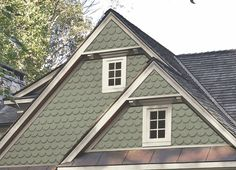 Barn Siding, Shingle Siding, House Siding, Exterior Siding, Exterior Colors, Siding Colors, Exterior Paint, Vinyl Siding Styles, Vinyl Siding Installation