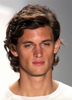 Hairstyles wavy hair men 18 ideas for 2019 Medium Length Hair Men, Medium Curly, Medium Long Hair, Medium Hair Cuts, Medium Hair Styles, Curly Hair Styles, Wavy Hair Men, Haircuts For Curly Hair, Haircuts For Men