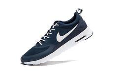 Nike Thea Wit