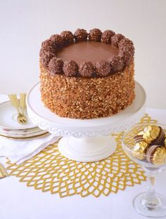 Perfect cake by Ferrero Rocher Anne Sophie Fashion Cooking Torta Ferrero Rocher, Gateau Cake, Nutella Frosting, Cake Recipes, Dessert Recipes, Cake Chocolat, Chiffon Cake, Cake Cover, Drip Cakes
