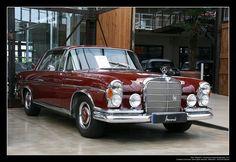 /via Georg Schwalbach. Mercedes Benz Coupe, Mercedes 280, Mercedes S Class, Classic Mercedes, Mercedes Benz Cars, Automobile, M Benz, Mercedez Benz, Jaguar