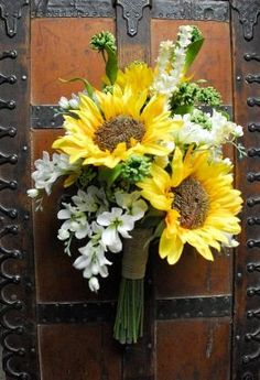 Sunflower Wedding Bouquet (White and Yellow and Green Bouquet, Wildflower Bouquet, Silk Bouquet) Prairie Wedding by jasmine