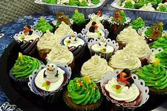 Christmas Cupcakes --Dec 2011