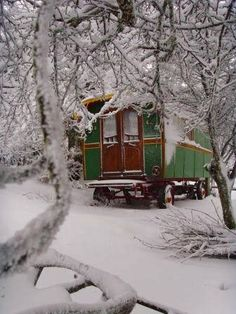 Dishfunctional Designs: A Beautiful Bohemian Christmas I would love a tiny travelling house like this. Just me, my adventurous spirit, and my farting dog. A dream made in heaven, I tell you. A dream made in heaven.