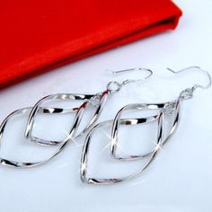 🎊🎉host pick🎉🎊Just in 💕 earrings Gorgeous silver plated earrings Jewelry Earrings