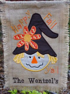 Items similar to Fall Girl Scarecrow Burlap Garden Flag - Applique Garden Flag - Personalized Burlap Flag on Etsy Applique Patterns, Embroidery Applique, Applique Designs, Machine Embroidery, Embroidery Designs, Applique Ideas, Burlap Garden Flags, Burlap Flag, Burlap Signs