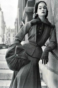 "uranusispink: ""missmahaliajane: "" Jacques Fath for Vogue France 1952 "" Pretty and vintage x """