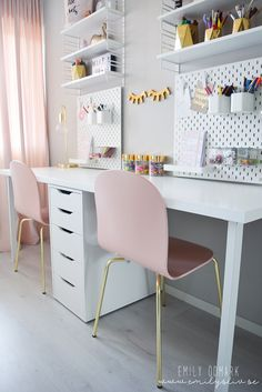 CHILDREN'S PLAYROOM – HUSBAND, # Discover ideas for girl's room decorations based on popular themes or classy color patterns that suit both your and your taste. Desk For Girls Room, Girl Desk, Ikea Girls Room, Desk For Teens, Ikea Kids Desk, Teen Desk, Study Room Decor, Diy Room Decor, Bedroom Decor