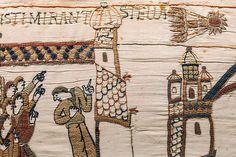 Bayeux è posta nella bassa Normandia ed è conosciuta per il famoso arazzo, che prende il nome dalla città stessa, per la cattedrale gotic...