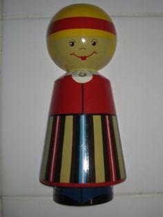 Kas keegi teab, kust see seinanukk pärit on? Does anyone know where this doll is from?