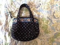 I luv this small Vera Bradley purse!