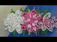 YouTube French Beaded Flowers, Crochet Flowers, Beaded Ornaments, Hair Ornaments, Beading Tutorials, Beading Patterns, Bead Crafts, Diy Crafts, Headband Tutorial