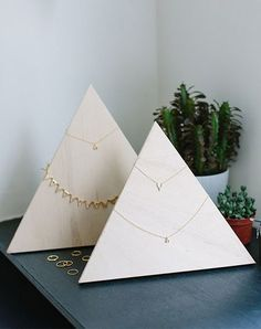 Make a pretty DIY jewelry organizer for your necklaces