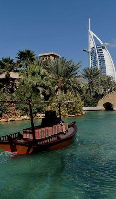 Bekijk het bord Dubai van DenArjo op Pinterest.