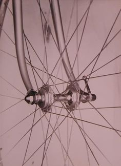 The first generation 3 piece Bivalent hubs made by Campagnolo with little public awareness of this fact. Many wrongly assumed that these hubs were made at the Cinelli factory.