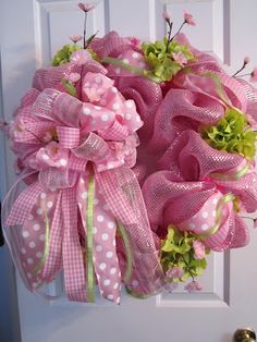 Deco Mesh Wreath: Perfectly Pretty for the Spring or a Baby Shower!