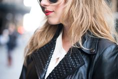 Sometimes the simplest looks are the best. Punk Fashion, Grunge Fashion, Womens Fashion, Face Foundation, Studded Leather Jacket, Woman Style, Clothes Horse, Spikes, Well Dressed
