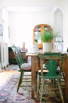 Siri Knutson Design / interior / beautiful chairs