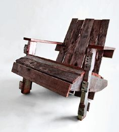 Build Your Own Pallet Adirondack Chair   greenUPGRADER