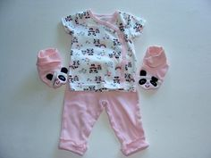 "You are bidding on beautiful baby girl set      from Carters    From the ""panda"" theme    Size is Newborn    It includes: pants, top and booties     It is in excellent condition, used very little."