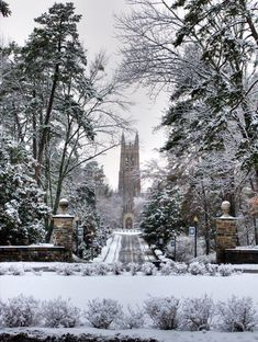 The Duke Chapel in the snow by Eric Mansfield, via Flickr