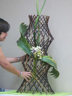 Arreglos Florales Creativos: DISEÑO ESTRUCTURADO