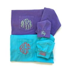 These are the perfect sorority shirts for big little reveal. Long sleeve comfort colors monogram pocket tees with big and little on the cuff make great sorority gifts for initiations, big little reveal, big sis appreciation, and tons of sorority events! Monogram Pocket Tees, Sorority Little, Cheerleading Shirts, Pumpkin Outfit, Big Little Reveal, Cheer Mom, Sorority Gifts, Long Sleeve Tee Shirts, Comfort Colors