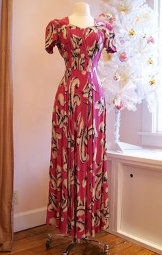 40s Dress //  40s Feather Print Dress // Vintage by xtabayvintage, $298.00
