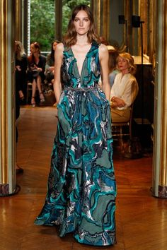 Alberta Ferretti Limited Edition Fall 2016 Couture Collection Photos - Vogue