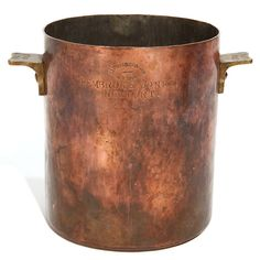 Home Decor Objects Ideas : copper pot Copper Pots, Copper Kitchen, Copper And Brass, Antique Copper, Copper Wall, Hammered Copper, Copper Color, Decorative Objects, Pewter